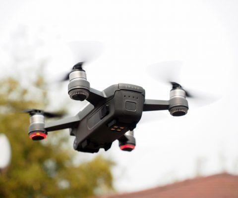 하늘에서 사진 찍는 기계: DJI 스파크 구입
